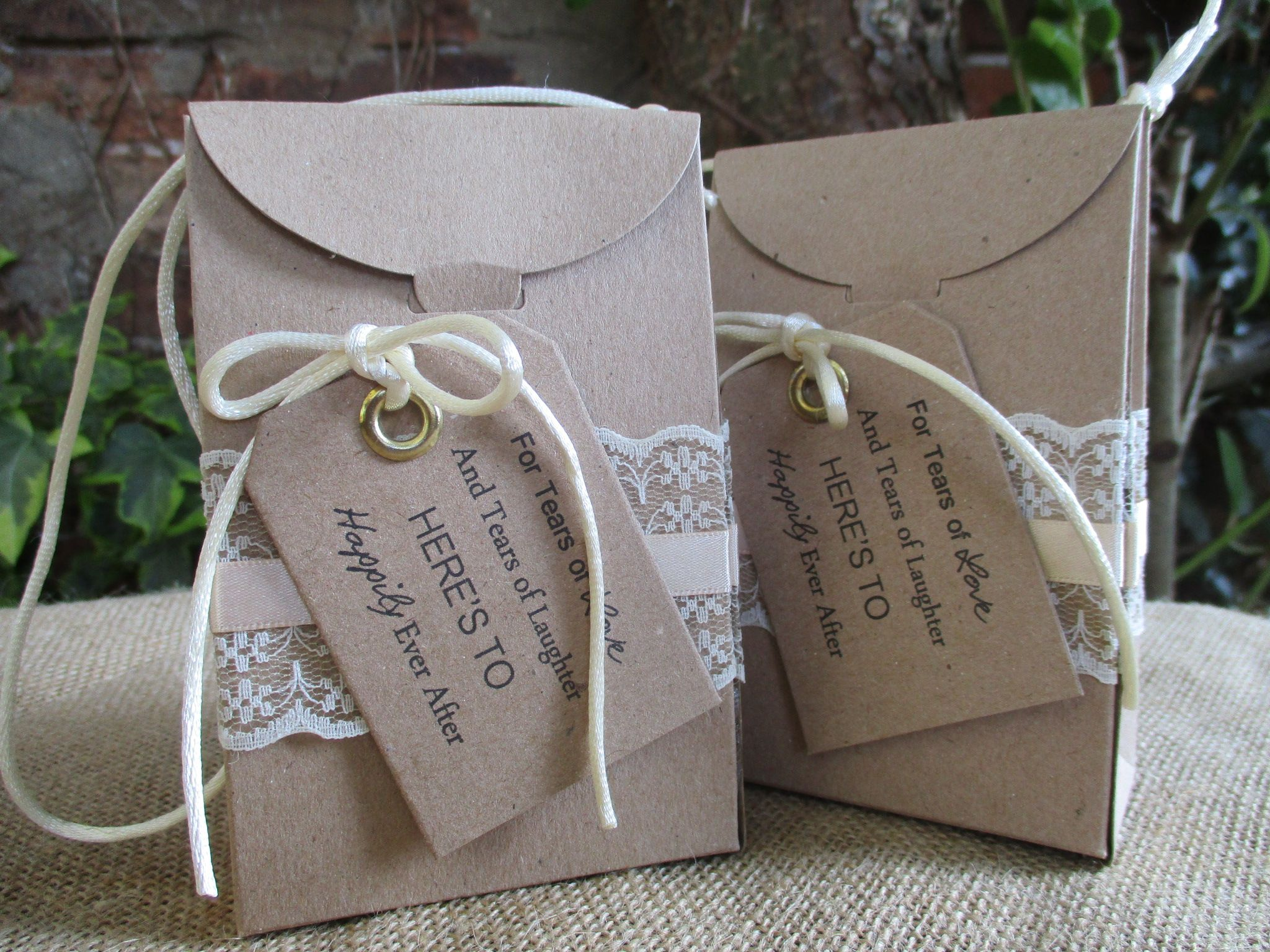 Wedding Night Gift From Bride To Groom : Vintage Hankie Box & Cotton Hankie Mother of the Bride / Groom Gift